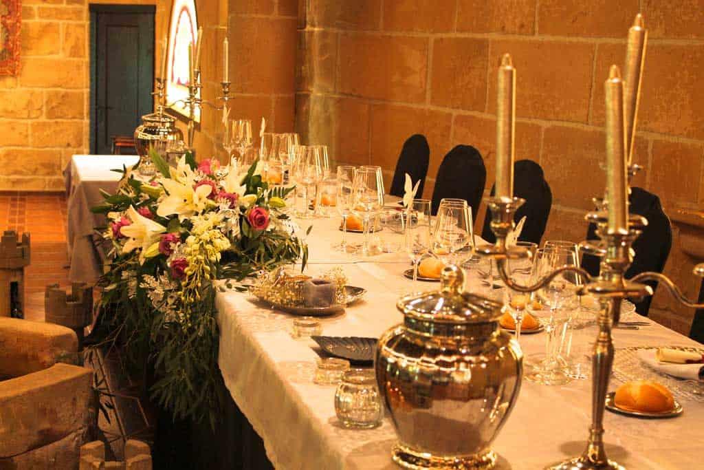 Salón de bodas los Arcos-mesa-presidencial-Castillo Bonavia
