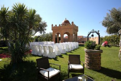 Boda civil jardines Finca de la Reina. Hotel Castillo Bonavia