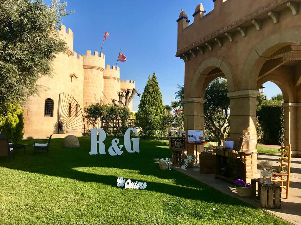 Decoración boda en Finca de la Reina. Hotel Castillo Bonavia