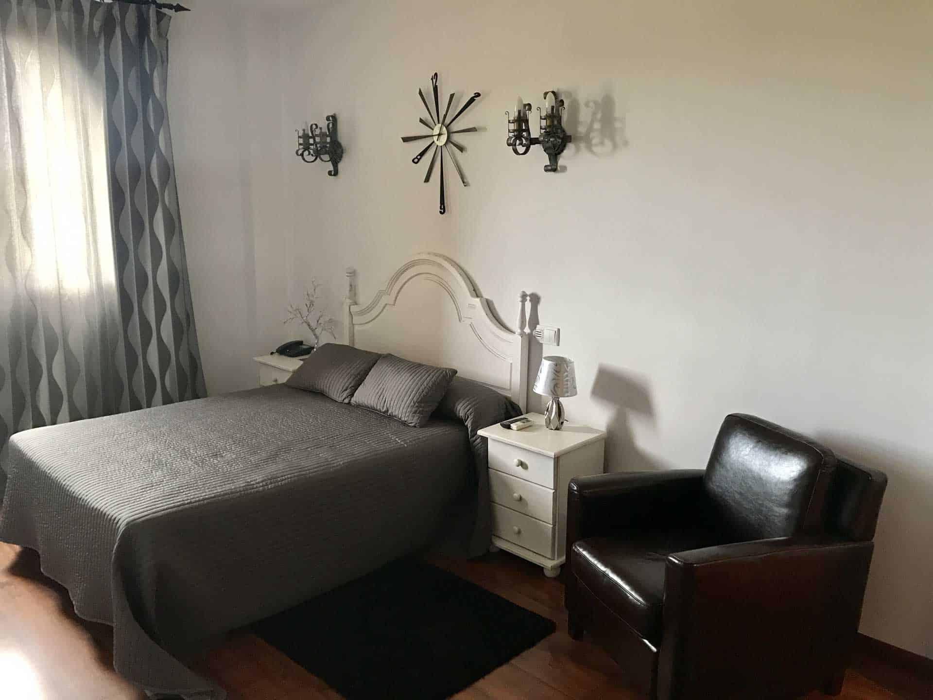Habitacion-doble_Hotel-Castillo-Bonavia_Zaragoza