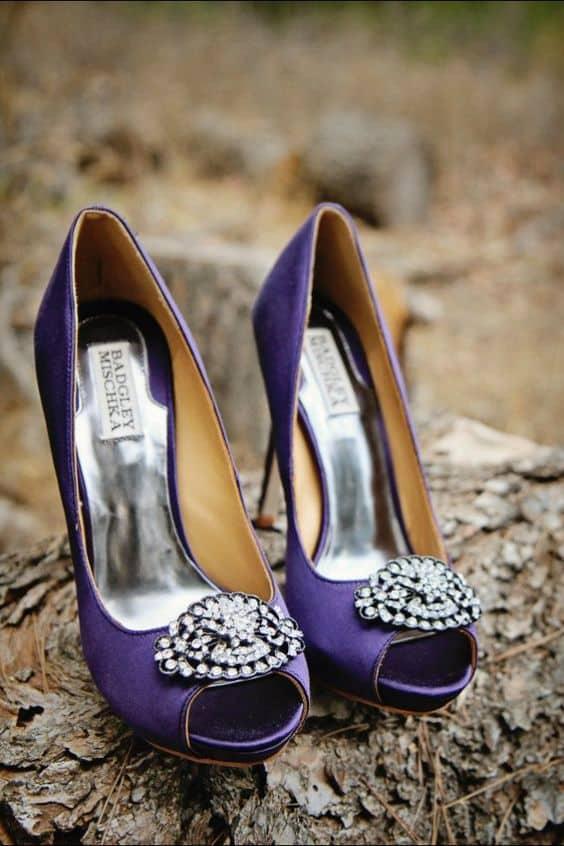 zapatos de novia en color ultraviolet-morado
