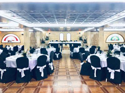 Nueva decoración con centros altos. Salón Los Arcos_Castillo Bonavia